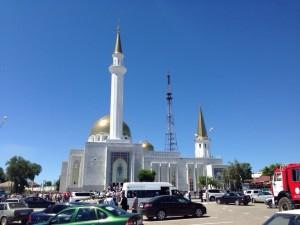 Опыт Совета муфтиев России в изучении и возрождении ханафитского наследия